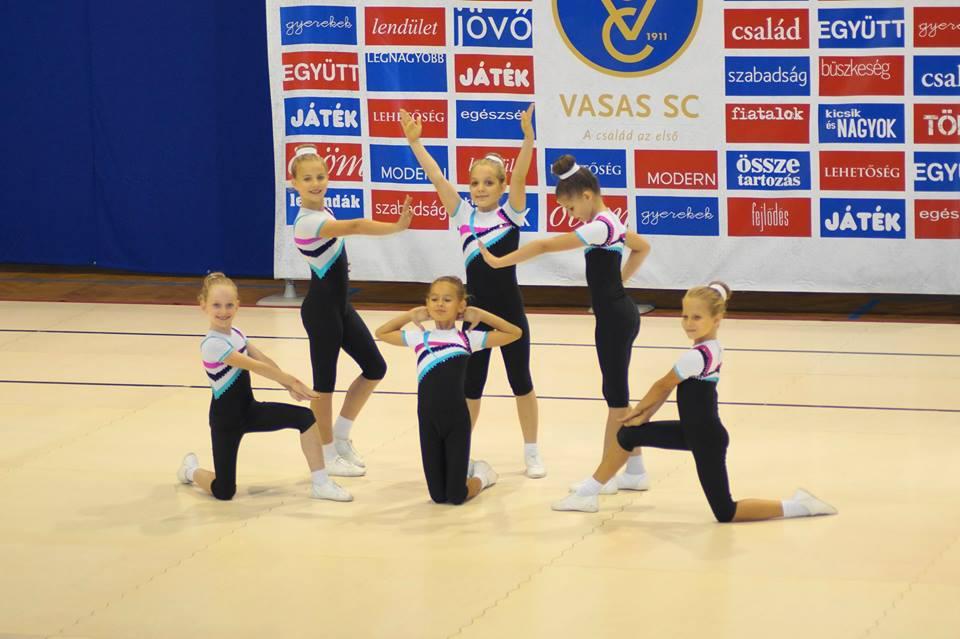 Döntőben az aerobik csapatok